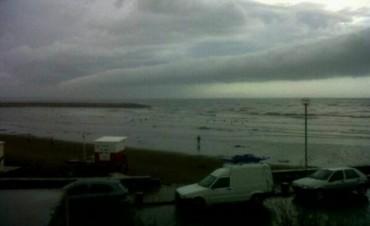 Cayeron dos rayos en Mar del Plata: siete heridos