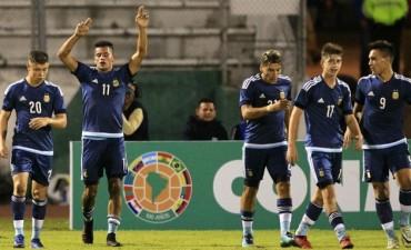 Argentina goleó 5-1 a Bolivia, celebró su primer triunfo y es líder en el Sudamericano Sub 20