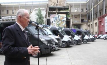 Entregaron vehículos para la Policía de Investigaciones y la Dirección General de Prevención y Control de Adicciones