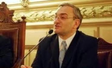 Media sanción del senado a proyecto de ley de Calvo