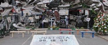 Homenaje a las 194 víctimas de Cromañón, a siete años de la tragedia