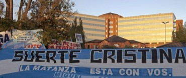 Operan a la presidente Cristina Kirchner de un cáncer de tiroides