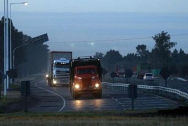 Comienza a regir la restricción a la circulación de camiones en rutas del país