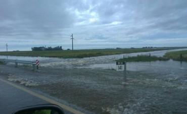Corte total en la ruta 34 a la altura del km 141 por agua en la calzada
