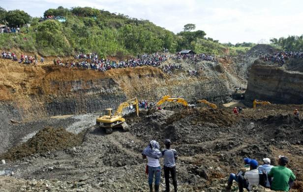 Colombia: serían 30 los muertos por derrumbe de una mina