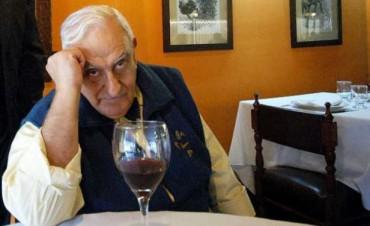Murió el escritor y crítico gastronómico Miguel Brascó
