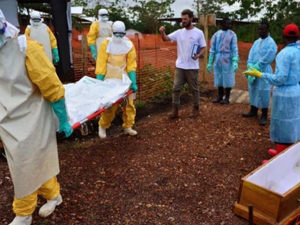 La OMS dice que se subestimó la magnitud del brote de ébola