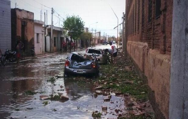 Fuerte pedrea mató a dos personas en Villa del Rosario