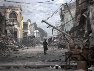 A dos años del sismo de Haití, el país aún vive entre los escombros