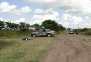 En choque rural murió motociclista y su hija está grave