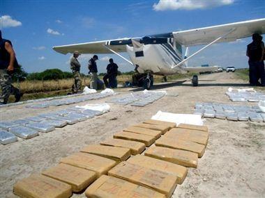 Policía secuestró 300 kilos de marihuana