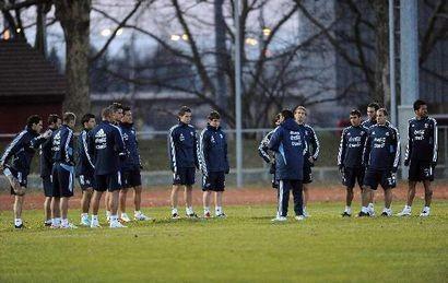 La Selección argentina entrena bajo cero en Suiza de cara al partido del próximo miércoles