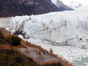 Finalmente, el Glaciar Perito Moreno completó su ruptura durante la madrugada