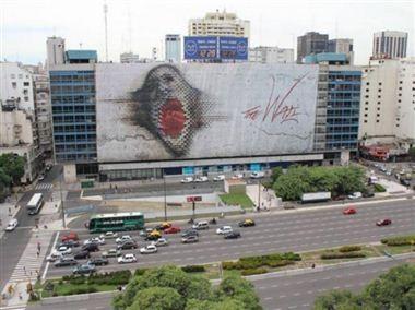 Homenaje a Roger Waters con una gigantesca imagen