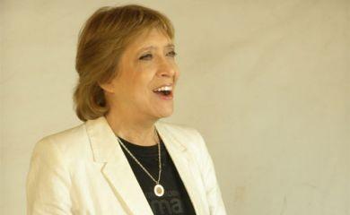 Teresa Parodi en inauguración del Paseo de la Memoria en San Francisco