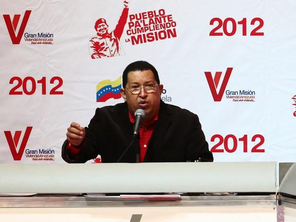 Chávez nacionalizaría bancos y empresas que apoyen a la oposición