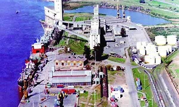 Paro en terminales portuarias del Gran Rosario