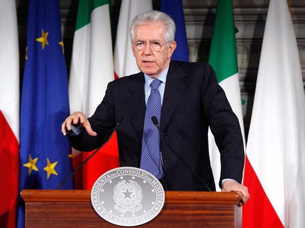 Escándalo en Italia: Monti propone suspender el fútbol por dos años