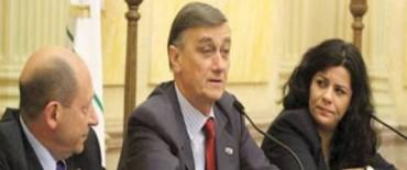 Santa Fe evita una sanción internacional por la condena arbitraria de un albañil
