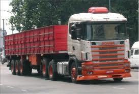 Piratas del asfalto asaltaron dos camiones brasileños en la ruta 19