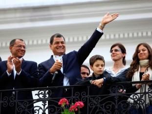 Correa fue reelecto presidente de Ecuador con más del 56% de los votos