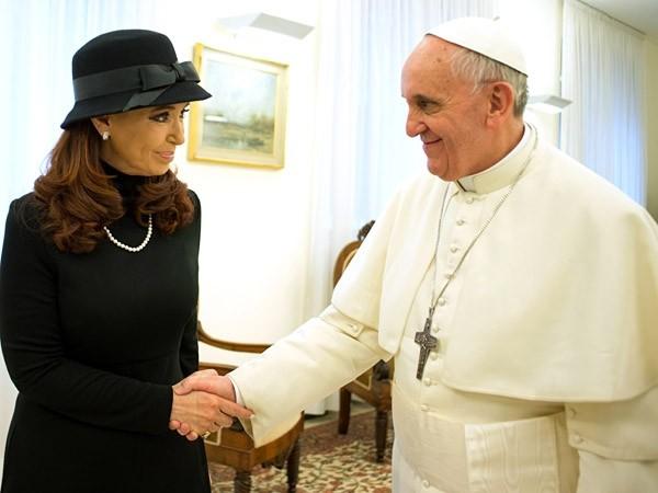 La Presidente pidió la mediación de Francisco con Inglaterra por Malvinas