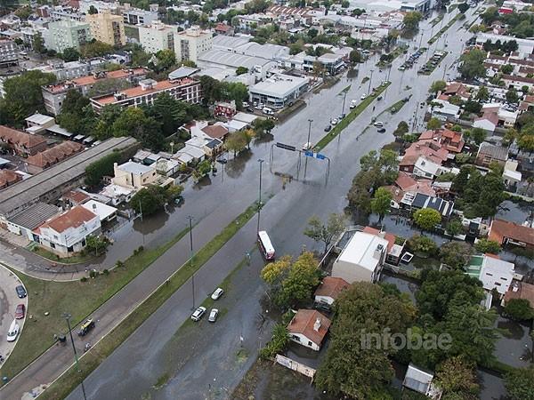 Tragedia en La Plata: hay 48 muertos, desaparecidos y pérdidas millonarias