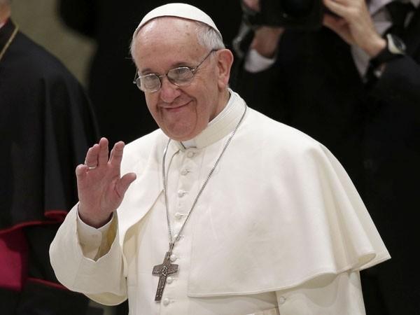 Otro gesto del Papa: donó u$s50 mil para los damnificados de La Plata