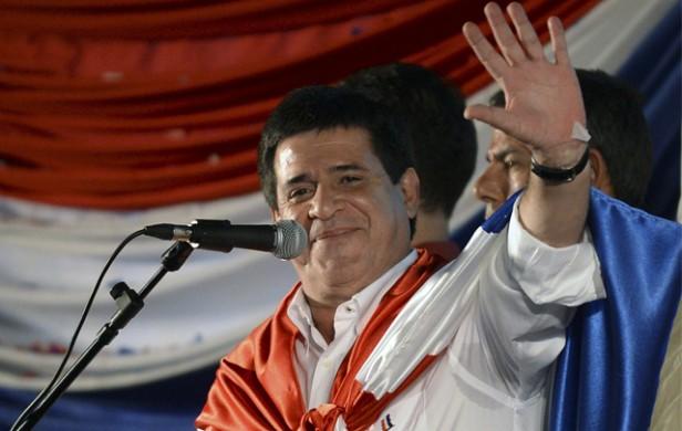 Cartes ganó en Paraguay y los colorados vuelven al poder