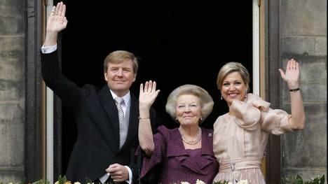 Guillermo y Máxima son reyes de Holanda