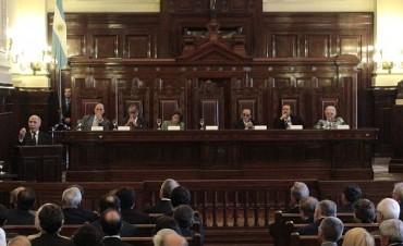 La Corte confirmó la medida cautelar a favor de Clarín y rechazó el per saltum