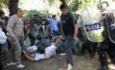 Graves incidentes en el Borda: 40 heridos y 7 detenidos