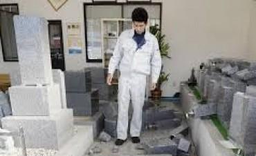 Terremoto en Japón: evacúan la planta de Fukushima y hay riesgo de nuevo tsunami